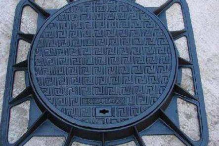 可调式防沉降井盖