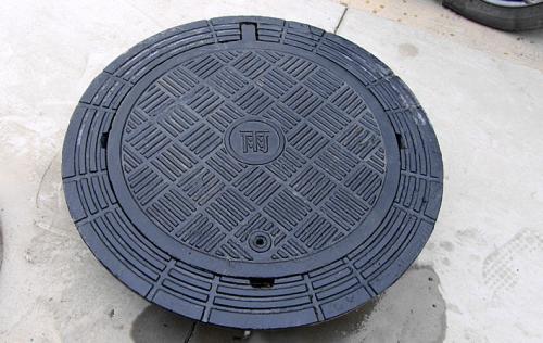 球墨铸铁井盖为什么设计圆形的